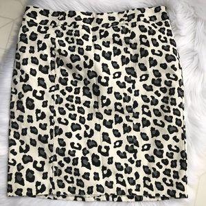 Merona Collection Leopard Print Pencil Skirt 10